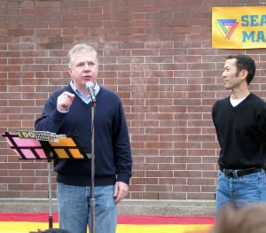 Ed Murray, left, Seattle's new gay mayor, and his husband Michael Shiosaki. Photo from Wikicommons